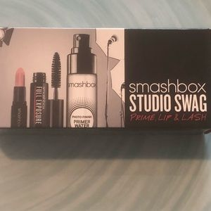 SMASHBOX 3 Travel Sizes Primer, Lipstick  &Mascara